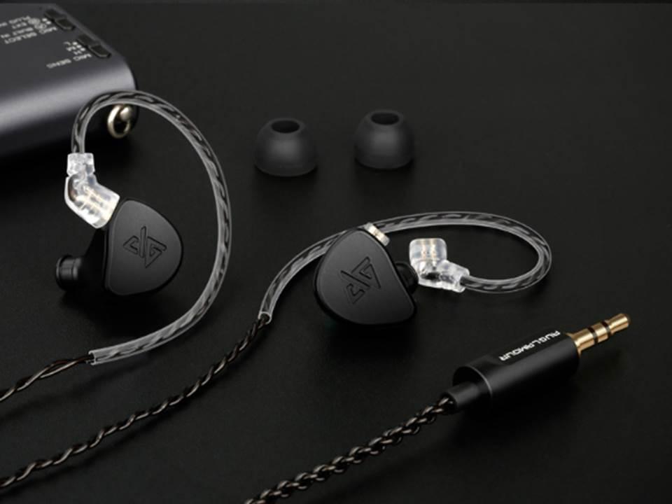 Auglamour F300 Dynamic Driver 2pin 0 78mm Detachable HiFi In Ear Earphones