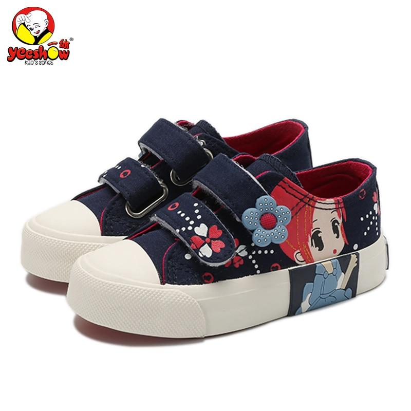 cb18415f3 Sapatos meninas Princesa 2018 Novas Crianças Primavera Tênis de Lona Florais  Caçoa As Sapatilhas Da Moda Jeans Casual Sapatos Baixos para As Meninas