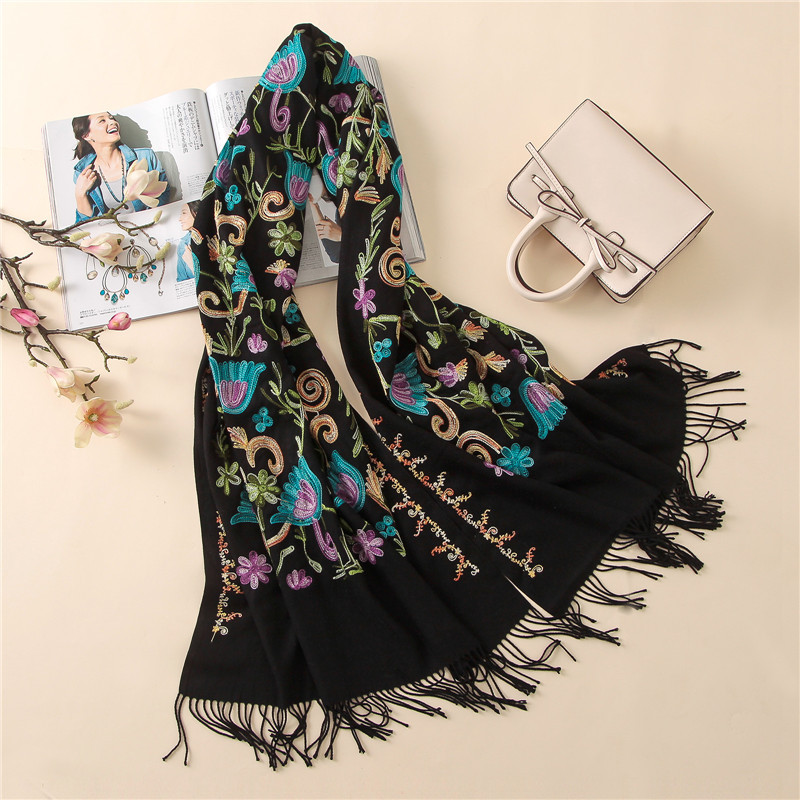 2019 Designer Fashion embroidery cashmere scarf for ladies vintage winter scarf women long shawls and wraps bandana warm foulard