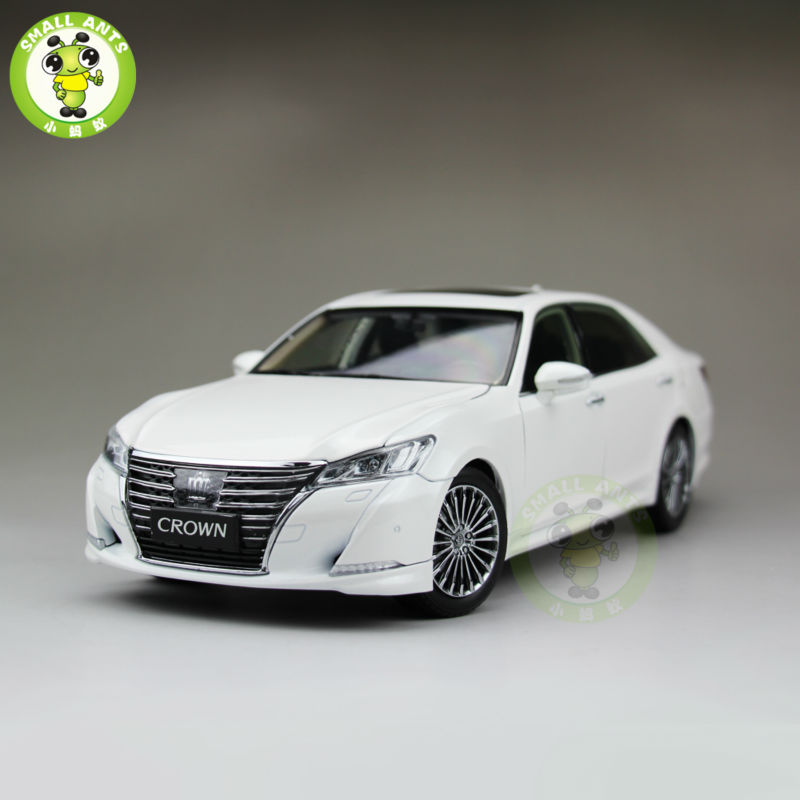 все цены на 1:18 Toyota Crown Diecast Model Car for collection gifts hobby White