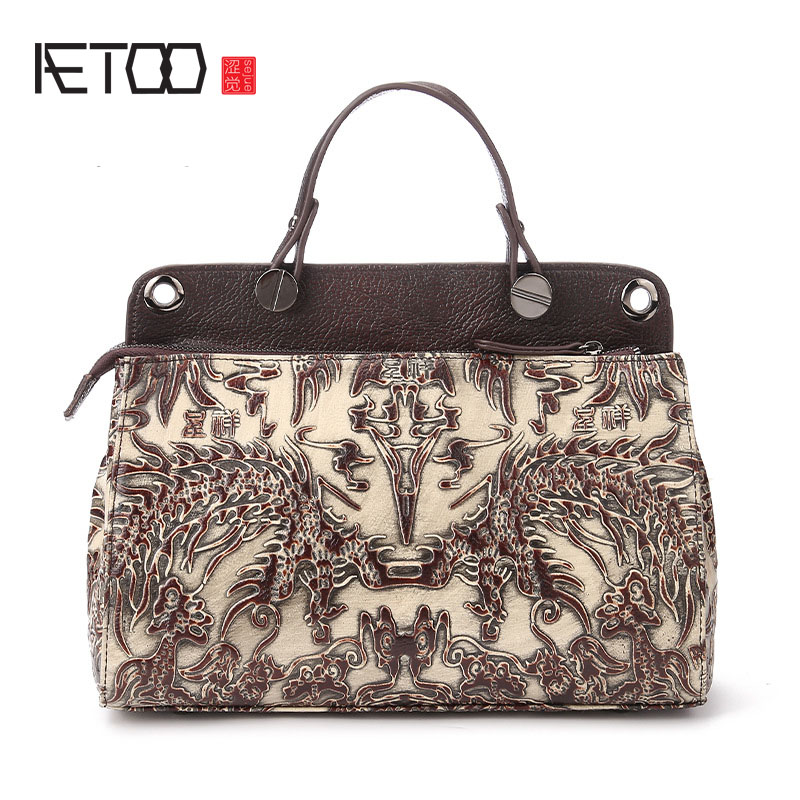 The new leather ladies bag and retro head layer cowhide bag hand brush color satchel one generation the new retro hand brush color bag head layer leather casual bag messenger bags wholesale