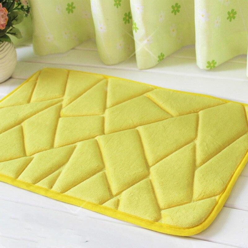Tapis de porte Simple en flanelle tapis d'absorption d'eau tapis de toilette salle de bain antidérapant coussin de pied livraison gratuite