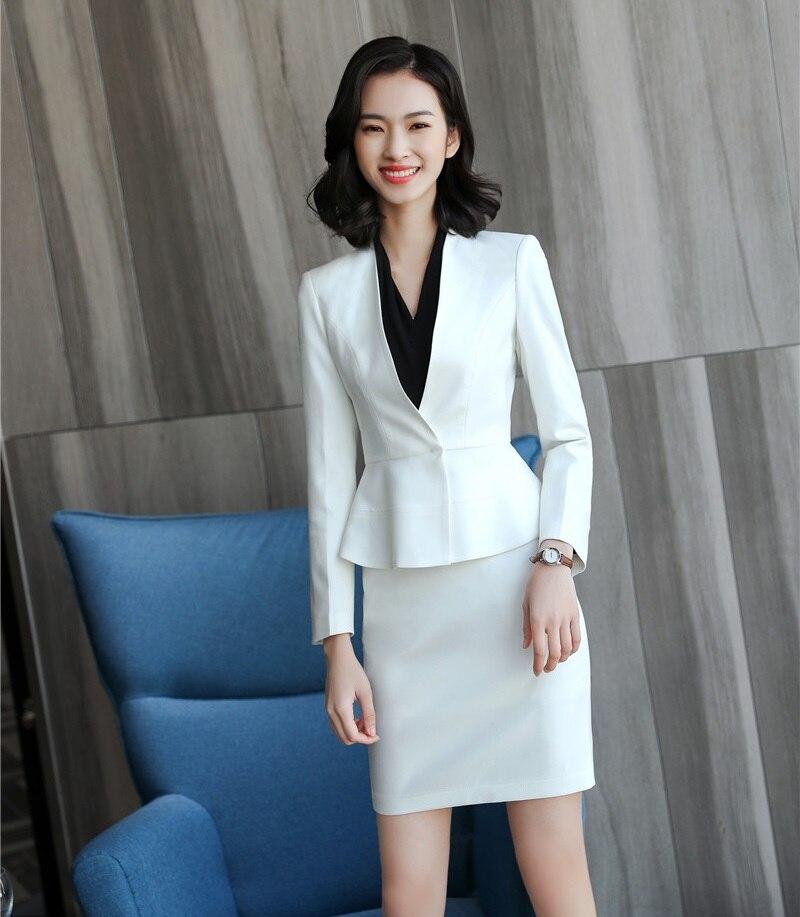 Kadın Giyim'ten Etek Takım Elbiseler'de Moda Kadın Etek Takım Elbise Beyaz Blazer ve Ceket Setleri Moda Bayanlar iş elbisesi Ofis Üniforma Stilleri'da  Grup 1
