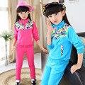 2015 venta nueva caliente ropa de los niños, otoño chicas de manga larga chaqueta + pantalones traje de impresión muchacha de los deportes de dos piezas 3 Color