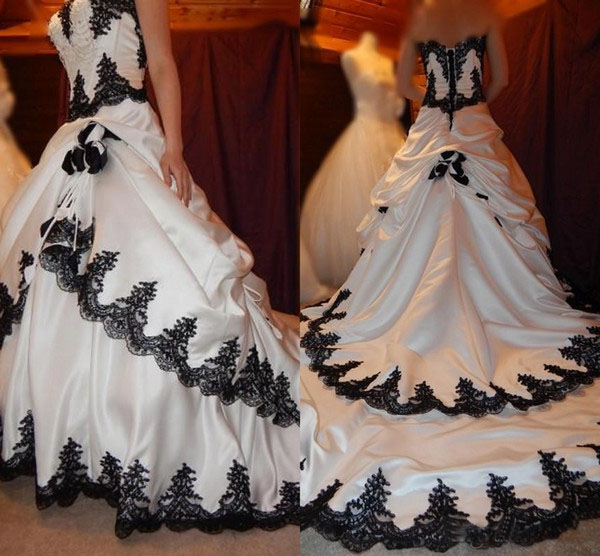 White Wedding Dress Gothic: Black And White Wedding Dresses 2019 Gothic Lace Applique