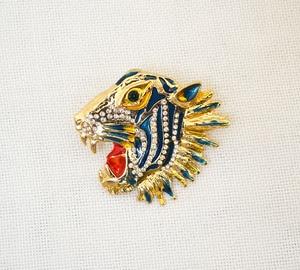 Image 4 - Женская брошь в форме головы тигра, 6 шт./лот