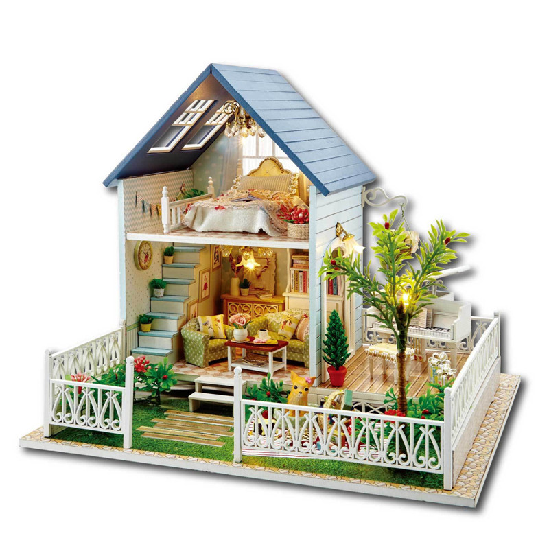 Sylvanian Families House DIY Puppet Miniature Nordic Holiday Assembled House Led Doll House Toy for Children Juguetes Brinquedos