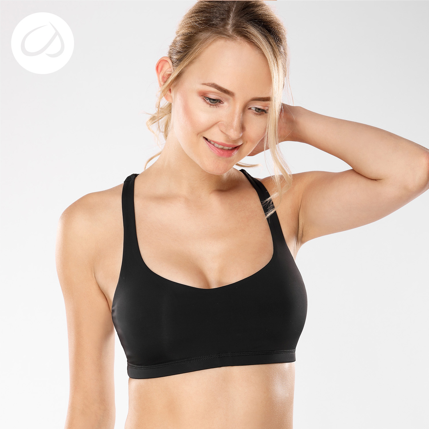 CRZ YOGA Women's Light Support Cross Back Wirefree Removable Cups Yoga Sport Bra crz