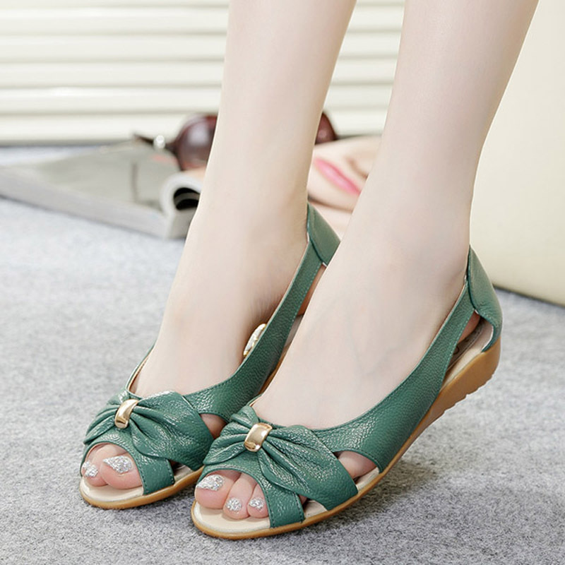 Model Womens Trendy Flat Shoes Latest Fashion Flat Shoes 2013  Trendy Mods