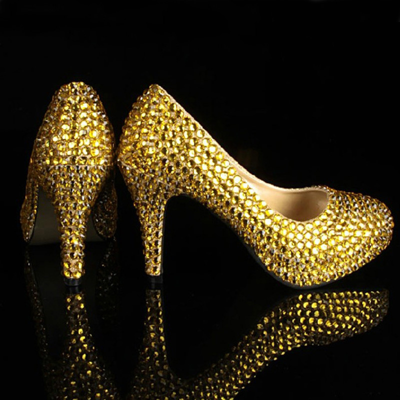 Bridesmaid Shoes Girls Formal Dress Shoes Gold Color Sexy Party Prom Shoes  with Rhinestones Women Wedding Dress Shoe for Bridal-in Women s Pumps from  Shoes ... 84aeebc10df2