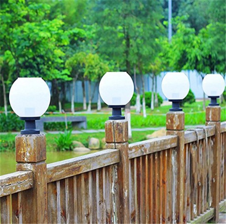 Garden Decorative Solar Fence Lights Outdoor Waterproof Solar Outdoor LED Light Fixture ...