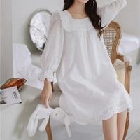 Princess sweet lolita pajamas Lovely cotton sleepwear female summer autumn retro Lace Embroidery Flower pajamas MHH NK112