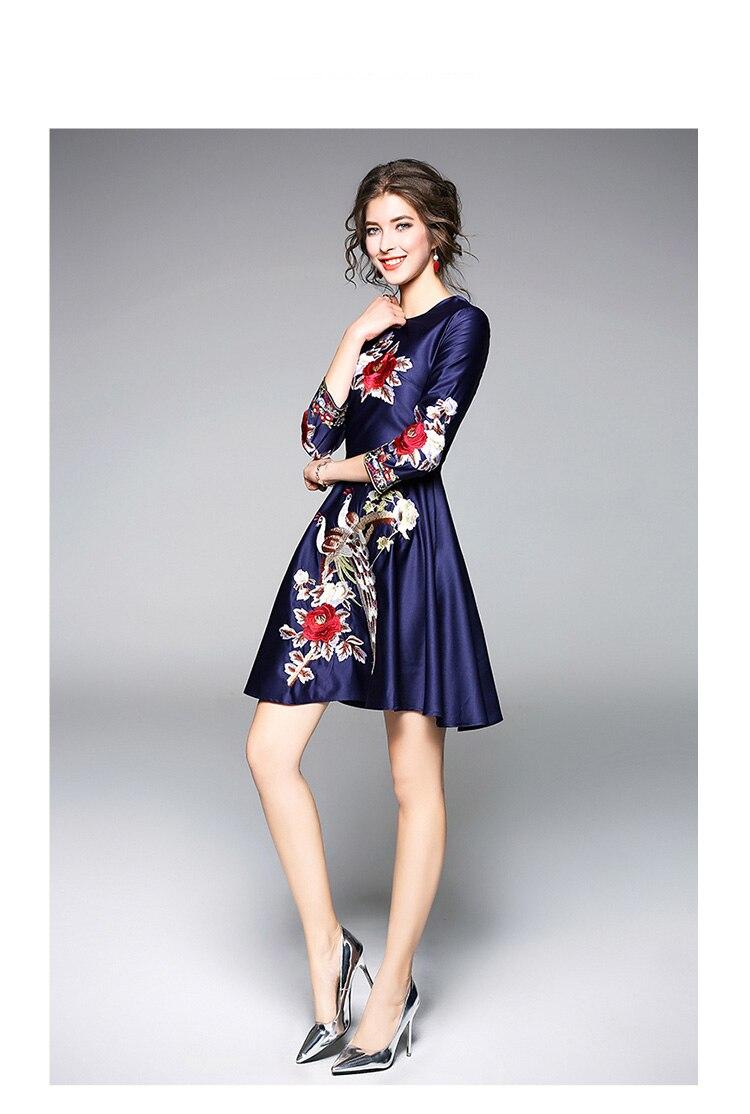 5352bbd29df Pfau Zipper Vestidos Langarm O Retro Partei Kleider Neck Blau Stickerei Thc  Luxus Rose Kleid Elegante ...