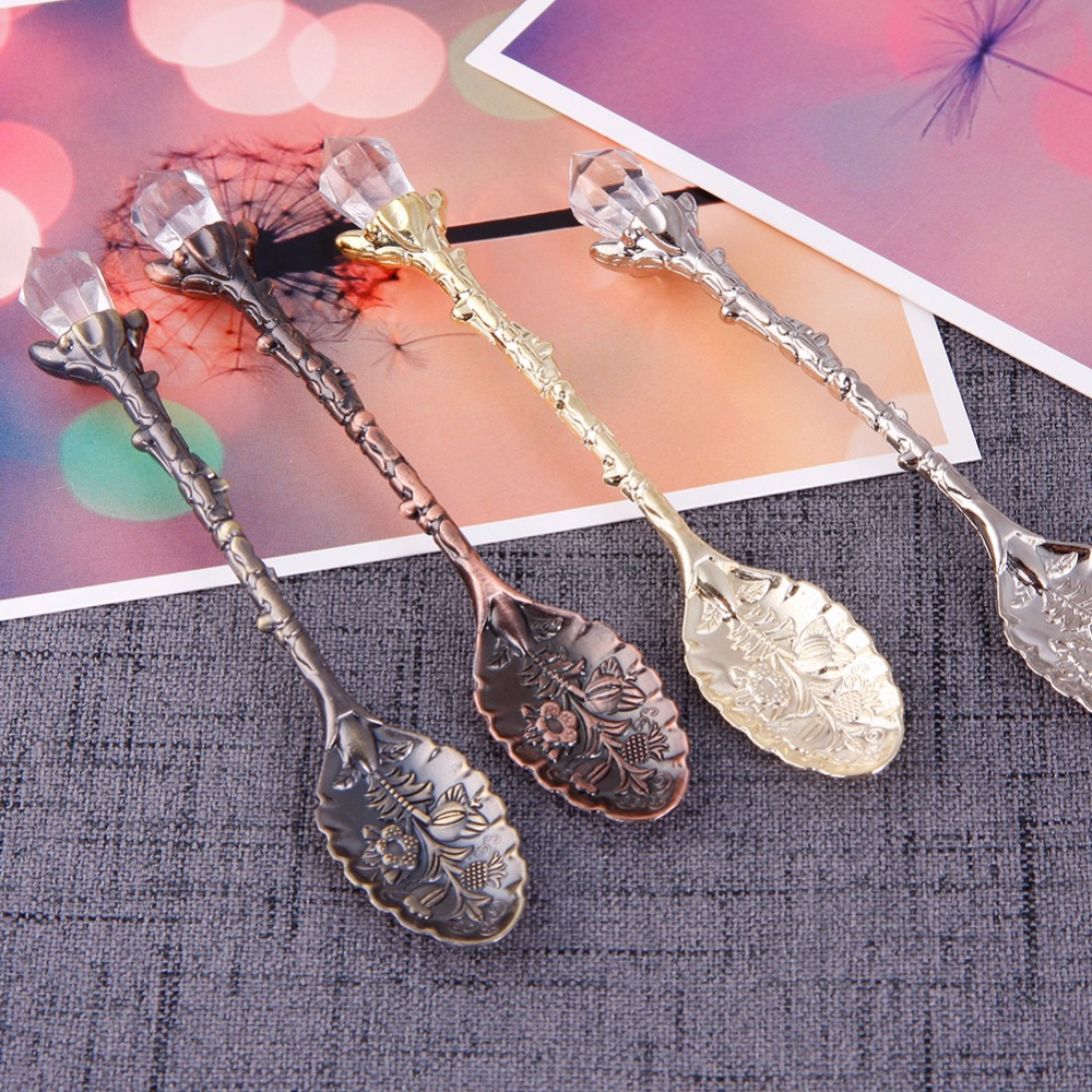 1Pc Crystal Head Pattern Vintage Tea Spoon Coffee Scoops Multi-Color Carved Design Festival Party Spoon Scoops #251445