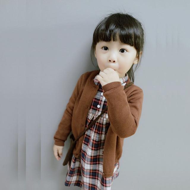 Moda de nova primavera europa sólidos da criança Cardigan camisola menino menina manga comprida roupa do bebê tops azul algodão 8 cores