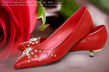 Freeshipping Best Selling Fashion Lady Shoes Short Heel Rivets Shoes Sexy Point Toe Pumps Elegant Dress Shoes V038