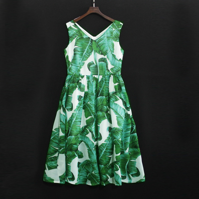 Summer kids banana leaves sleeveless V-neck family look outfits mom girls beach dress mother and daughter women fashion dresses women s stylish v neck sleeveless green print dress