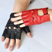 1 Pair Fashion Leather Gloves Red Black White Luvas Guantes Mujer For Women Girls Red Balck White Loving Heart Gloves