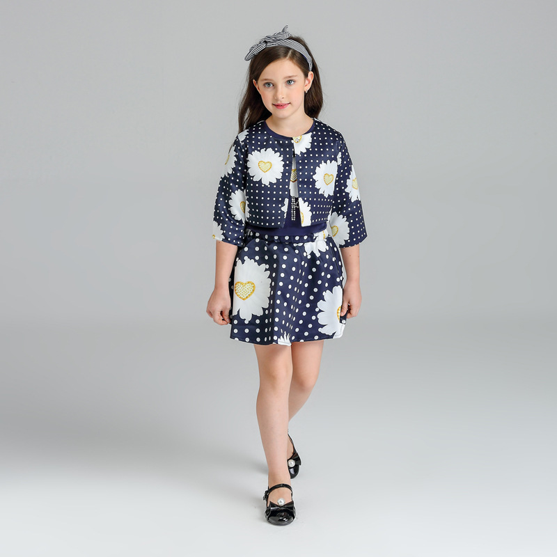 children clothing 2017 new spring baby girl clothes sets top chamomile printed jackets+t shirt+skirt 3pcs kids clothes 2-10T zendra блузка