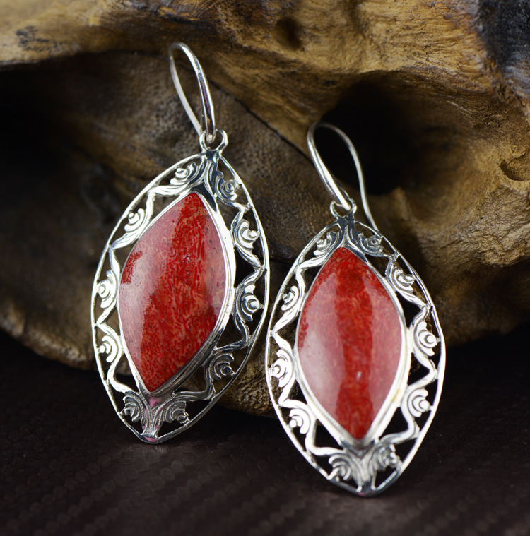 Ethnic Wind 925 Tremella Tremella, Grass-dropping Coral Sculpture Hollow out Atmospheric Fashion Earrings Female