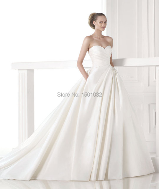 Aliexpress.com : Buy Modern Draped Sweetheart Neckline Ball Gown ...