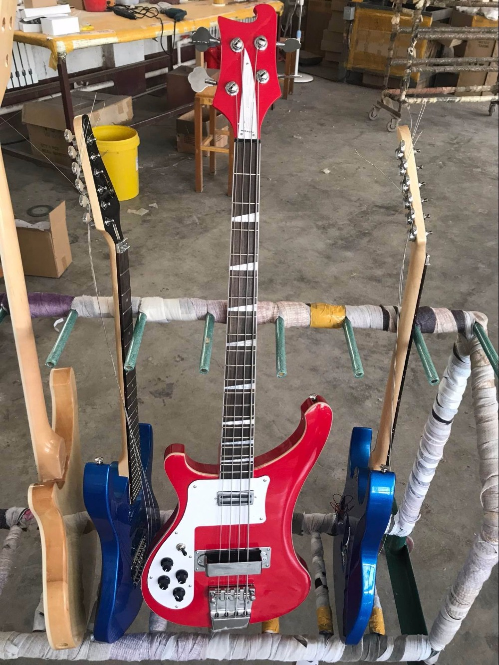 Wholesale Ricken...r 4003 4 string Bass guitar Through neck Left Handed In Candy red top quality 170625 wholesale r