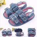 2015 nuevos zapatos del verano del bebé primeros caminante antideslizante bebés Jean niños niñas zapatos
