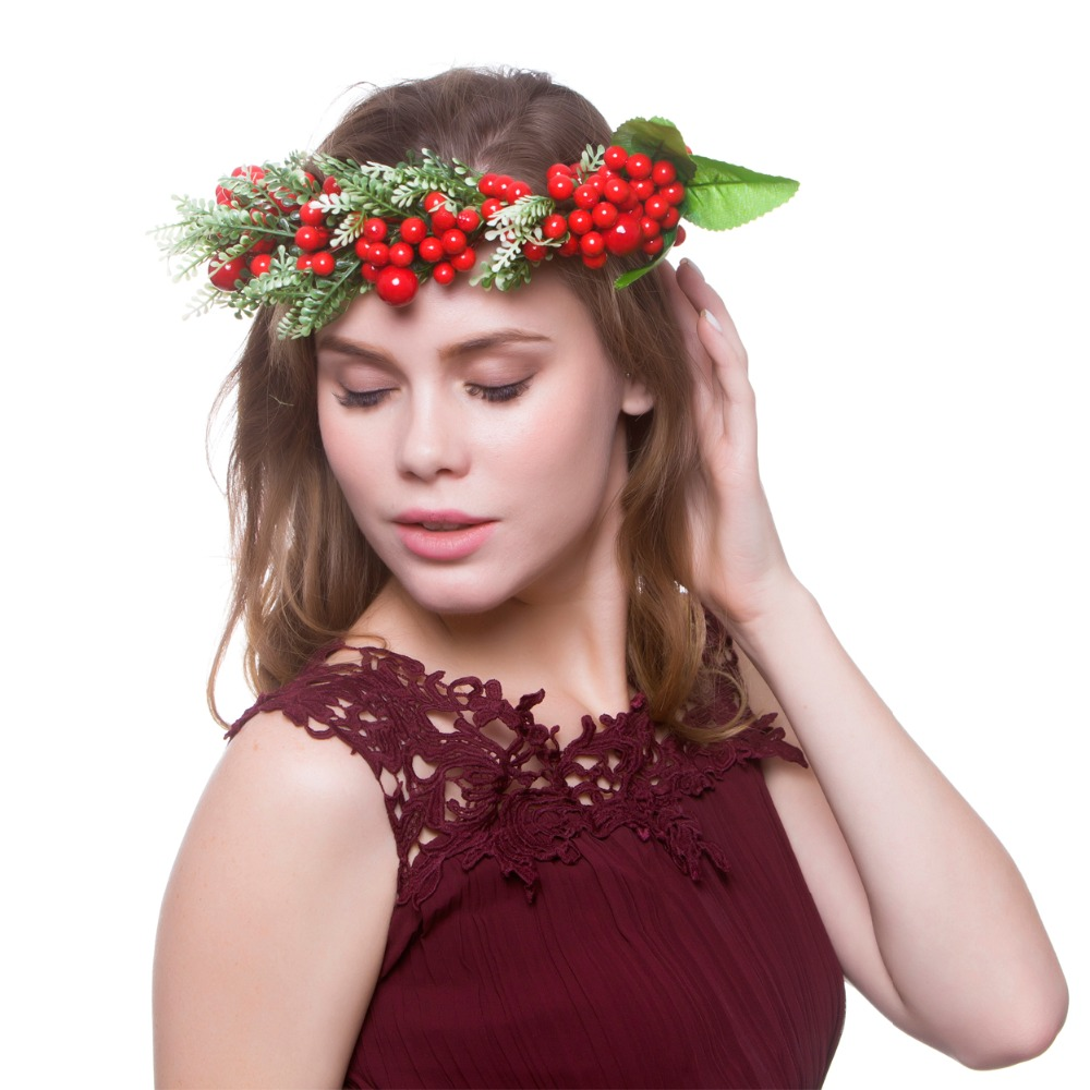 65586d68d66 2018 Fashion Women Flowers Hair Accessories Christmas Flower Crown Bridal Floral  Headband Girl Wreath HairBands diadem -in Women s Hair Accessories from ...