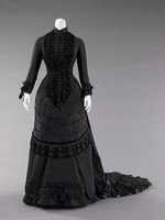 1880 s Черный Бисероплетение Поезд Викторианской Суеты Ужин Платье Женщин Платье