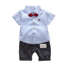 24dd73d82c0b2 Erkek bebek Giysileri Set Ekose Kravat Beyefendi Üst Yaz + Pantolon Boy Giyim  erkek Ceket kot Set Çocuk Yakışıklı Takım Elbise 2.