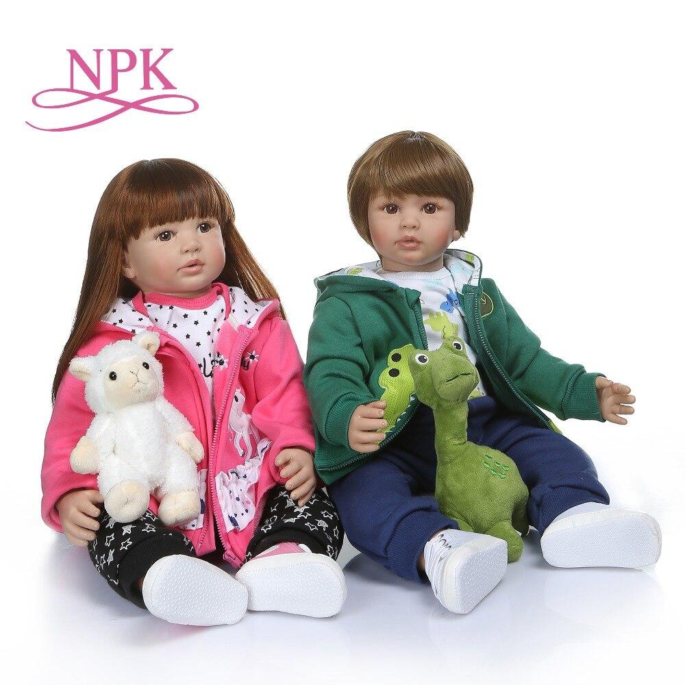 NPK 60 CM hoge kwaliteit zachte siliconen reborn peuter meisje pop in hoodie jurk bebe pop reborn lang haar pop 6 9 M echte baby grootte-in Poppen van Speelgoed & Hobbies op  Groep 1