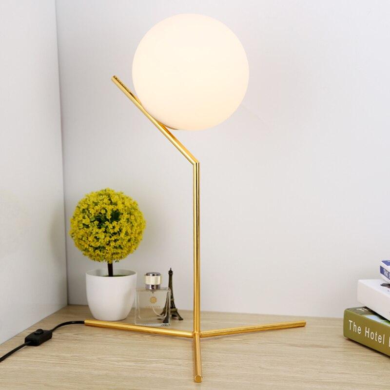 Постмодерн Стекло Настольная лампа, Nordic современный минималистский спальня, прикроватные исследование, персонализированные декоративные ...