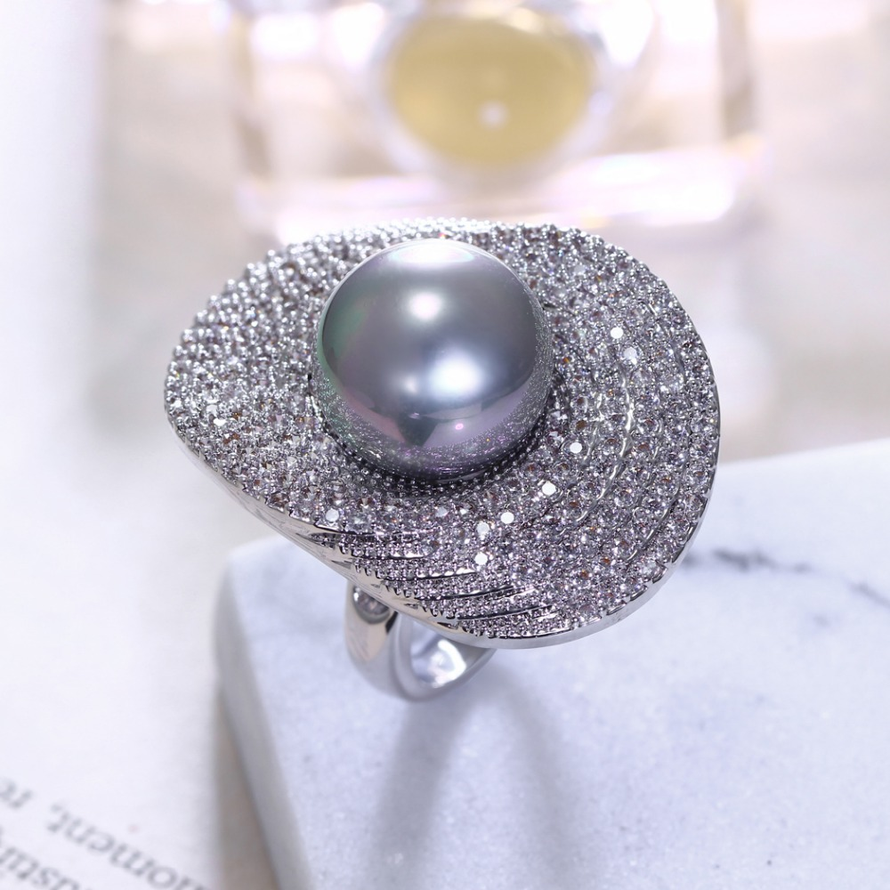 Women Grey Simulated Pearl Rings Setting With Cubic Zirconia Prong Setting  Fashion Shell Pearl Party Rings