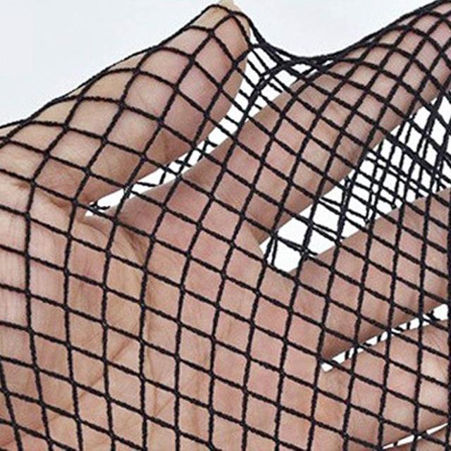 medium mesh black
