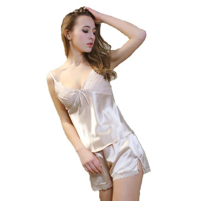 Nude white woman legs open