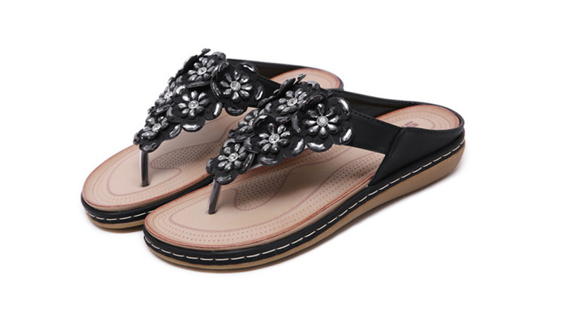 New 2019 ethnic women`s sandals cross-border bohemian rhinestones large size comfortable flat shoes beach shoes (14)