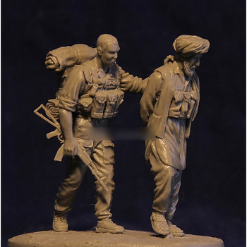 [tuskmodel] 1 35 scale resin figures Russian Soldiers with terrorist 1