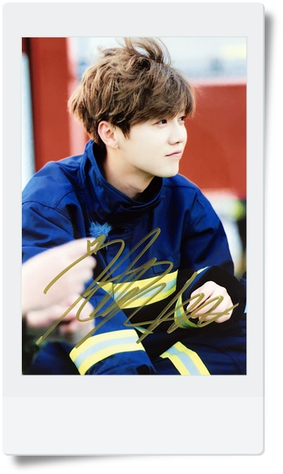 signed LU HAN LUHAN  autographed photo  6 inches  freeshipping  4 versions 082017 b signed tfboys jackson autographed photo 6 inches freeshipping 6 versions 082017 d