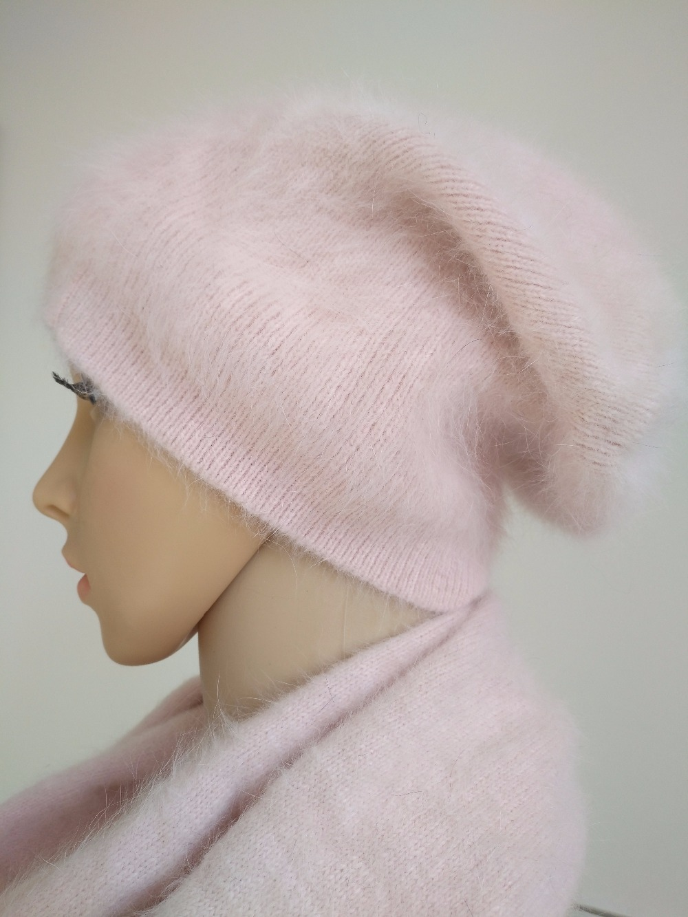 female winter warm hat women lovely Plush mink cashmere Scarves with mink cashmere hat ladies Fashion