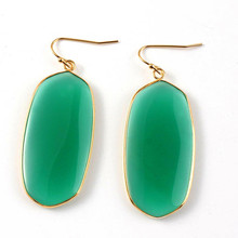 100-Unique Attractive Design 1 Pair Light Yellow Gold Color Oval Shape Earrings Green Agates Elegant Women Earrings