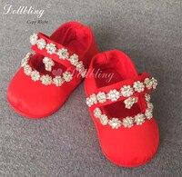 Trung quốc Màu Đỏ Outfit Dress Giày Phù Hợp Em Bé Posh Luxury Sparkle Bling Unique Trẻ Sơ Sinh Phép Rửa Crib Shoes Lưu Niệm Miễn Phí ANH Giao Hàng