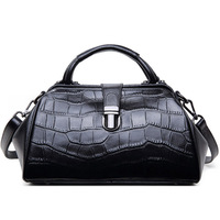 Charm in hands Elegant Alligator Patent Leather Women Genuine leather handbags Shoulder Bags Cross Lock Design Lady Tote