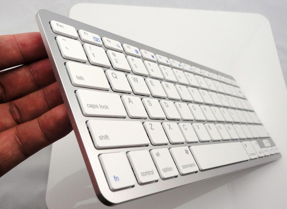 Rechargeable Bluetooth Wireless Keyboard for Macbook ipad iphone android 4.0 Windows tablet free shipping lofree dot bluetooth mechanical keyboard wireless backlit round button for ipad iphone macbook pc computer android tablet