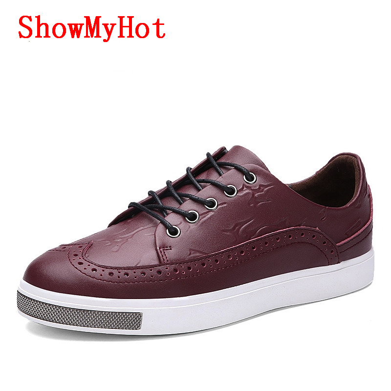 Bullock carved retro British men's Flat casual shoes Zapatos Hombre lace up shoes Retro Brogue Breathable Oxford leather shoes-in Oxfords from Shoes    1