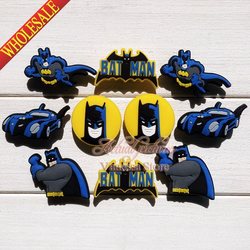 10pcs Batman PVC shoes charms SUPER HEROS shoe decorations shoe accessories shoe with holes fit for croc Party Gift