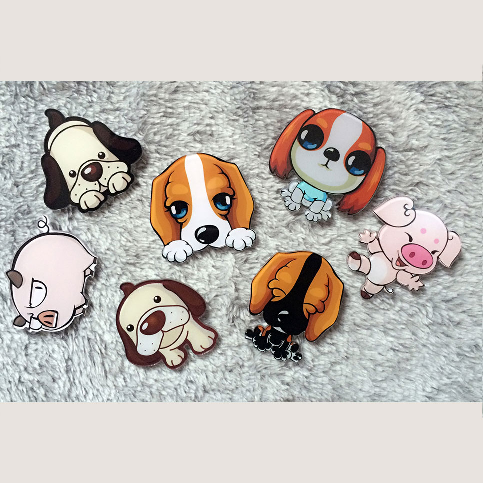 1 PCS Cartoon Dogs and Pigs Acrylic Badge Free Shipping  Harajuku Pin Badges Backpack Brooches Cartoon Pins Brooch Decoration