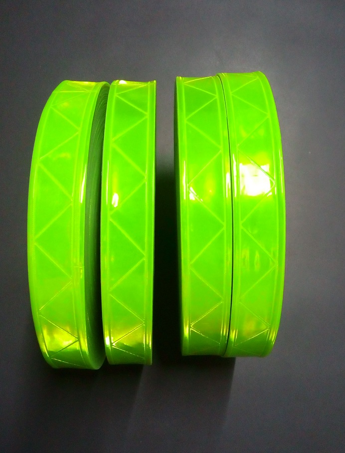 2.5cm*50M reflective PVC tape strip Fluorescent reflective warning PVC tape night flashing safety material Garment accessories