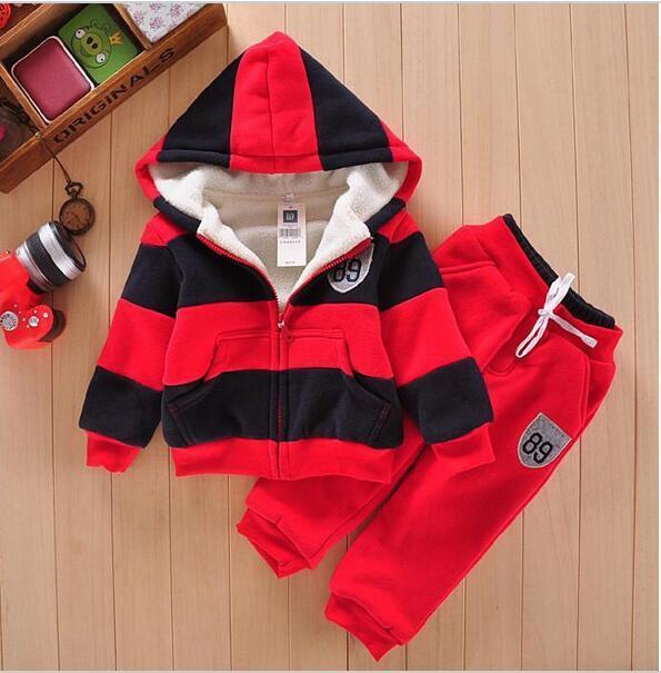Terno Dos Esportes do bebê Camisola do Revestimento do Revestimento & Calças Engrosse Crianças roupas Set 2016 Venda Quente Crianças Meninos Meninas de Inverno de Lã Sherpa