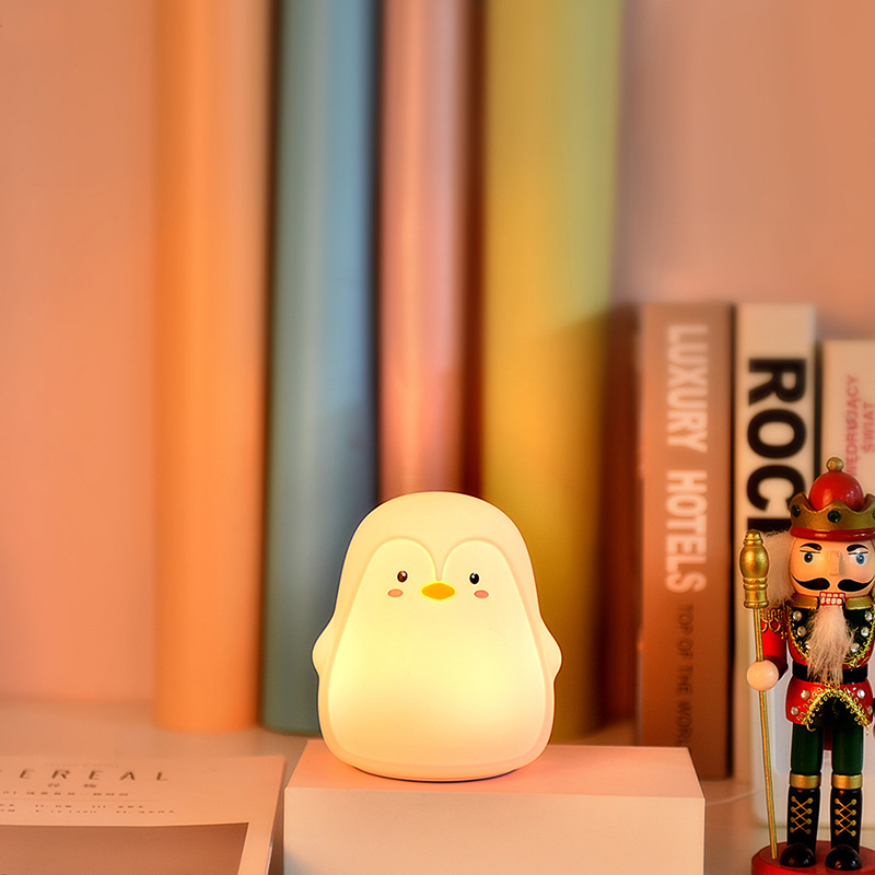 NEWKBO Cute Penguin Silicone Night Light LED Infant Care USB Rechargeable Batteries Eye Protect Pat Switch Bedside Bedroom