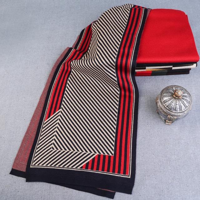 [DIFANNI] 2017 Fashion Design Striped Scarf Men Wool Shawl Winter Warm Scarves Luxury Wrap Echarpe Man Business Scarf Brand